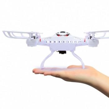 Catro-AHP-Quadrocopter-m-Kamera_b3